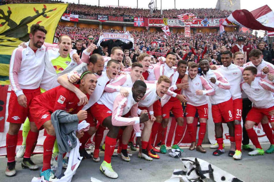Den Einzug in die Champions League durften die Roten Bullen bereits in Berlin feiern. In Frankfurt könnte ein historischer Bundesligarekord hinzukommt.