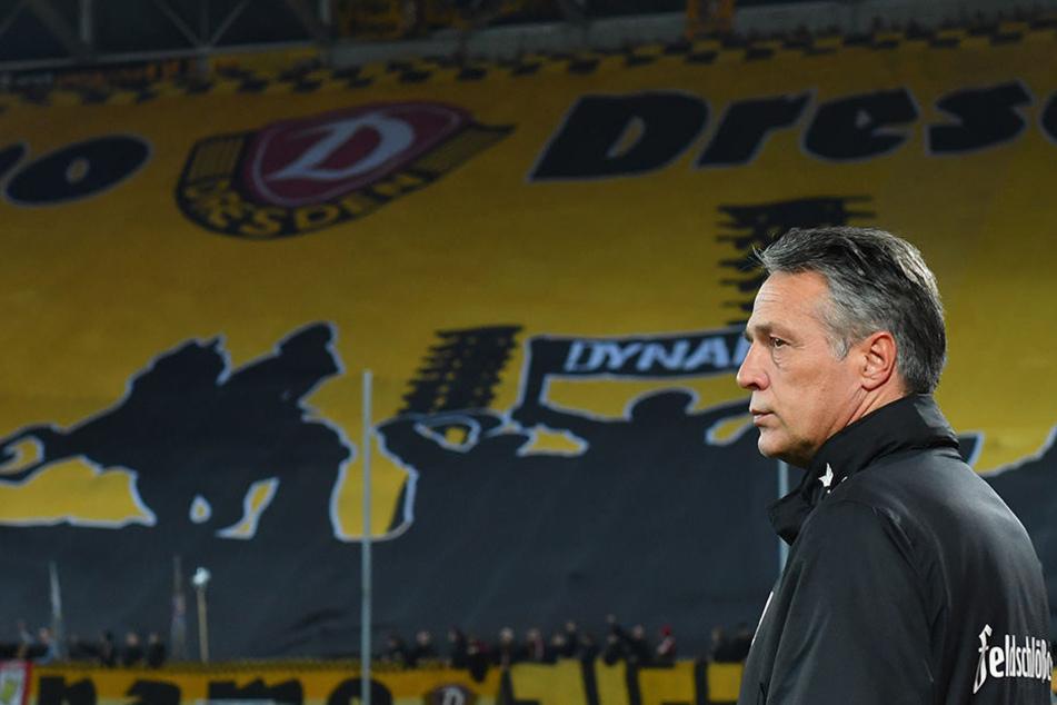 Auch Dynamo-Trainer Uwe Neuhaus erlebt beim Spiel gegen Kaiserslautern eine Achterbahnfahrt der Gefühle. Immerhin kann er mit seiner Mannschaft jetzt eine Menge auswerten.