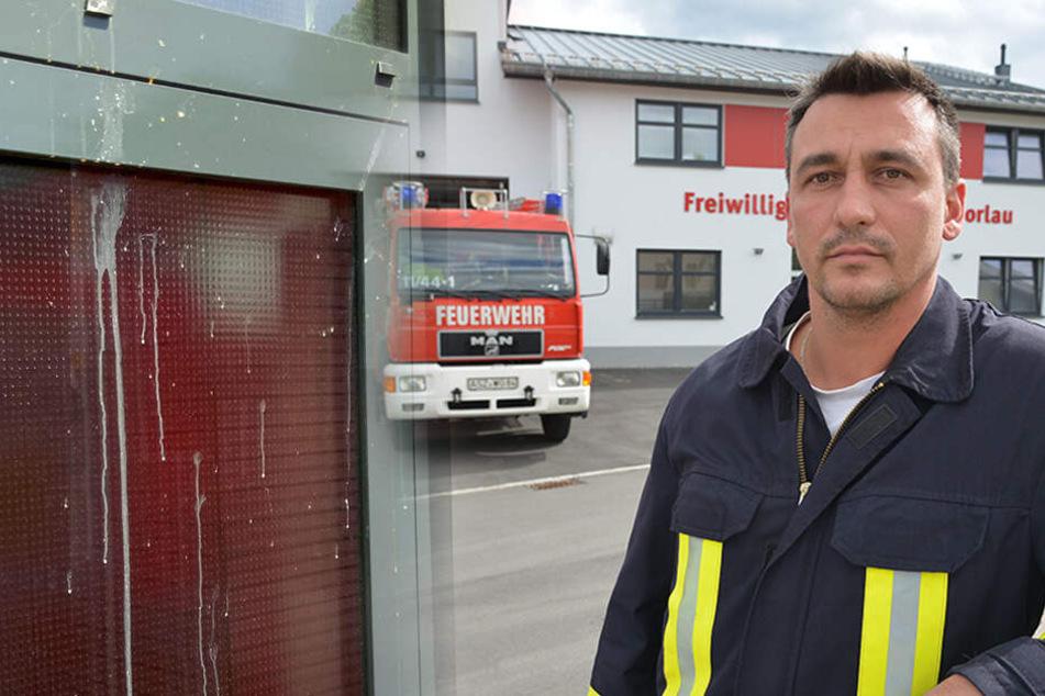 Anschlag nach Einsatz: Wer wirft mit Eiern auf die Feuerwehr?
