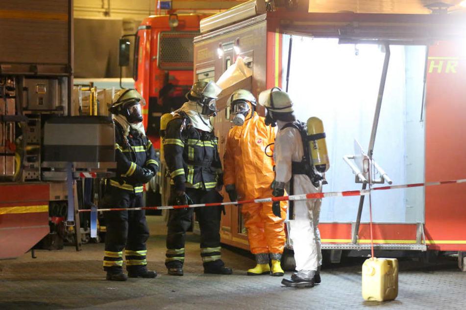 Zehn Menschen mussten durch die Feuerwehr befreit werden. (Symbolbild)