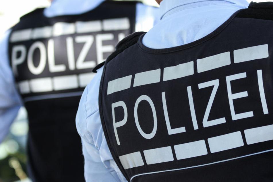Die Polizei sucht nun Zeugen der Tat. (Symbolbild)