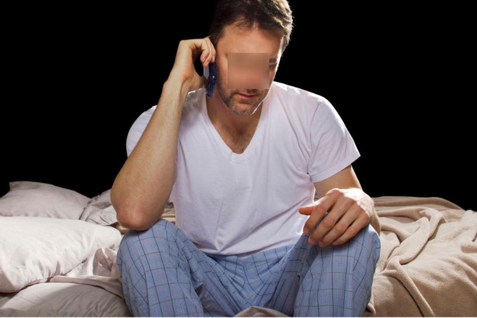 Mitten in der Nacht klingelte bei einem Mann das Telefon. Am anderen Ende der Leitung: die Polizei! (Symbolbild)