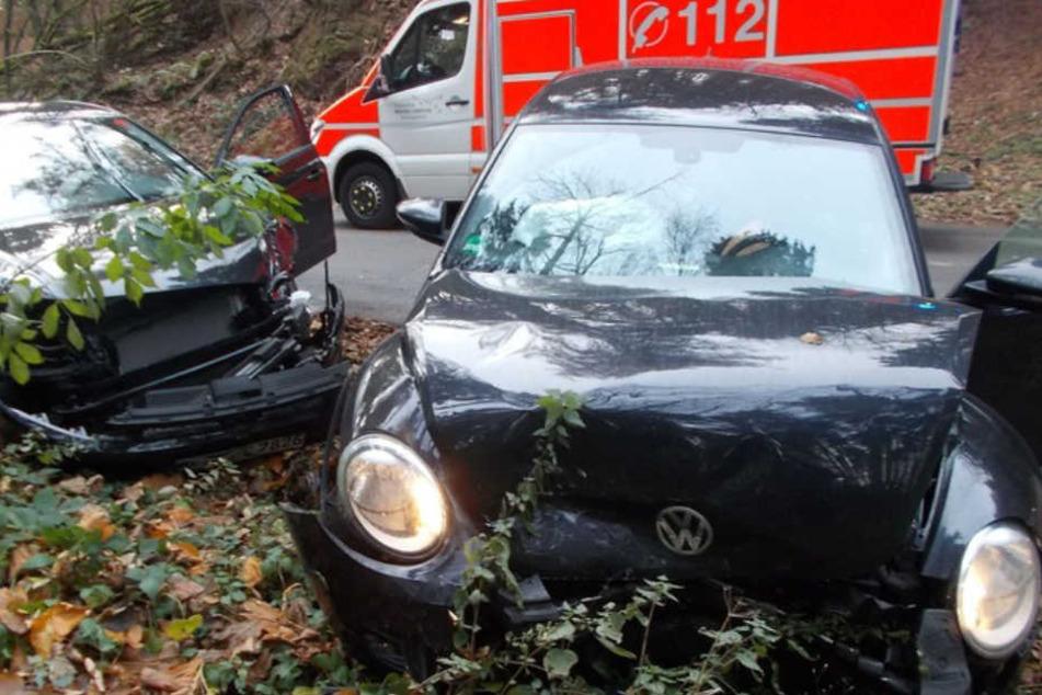 Auf nasser Fahrbahn war die 40-jährige Fahrerin ins schleudern geraten.