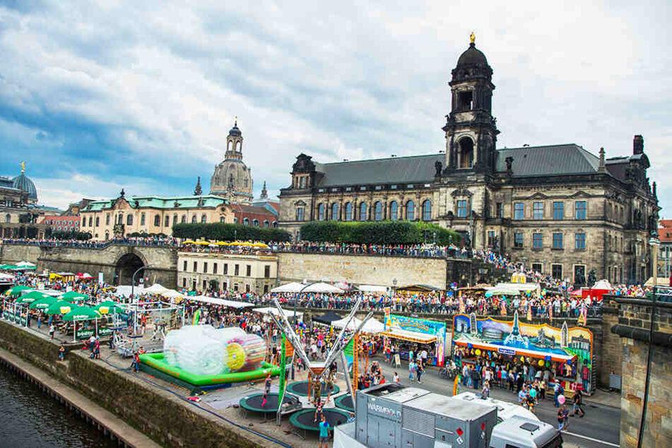 Kein Durchkommen: Ein halbe Million Besucher werden auch dieses Jahr wieder zum Stadtfest die Straßen und Plätze der City füllen.