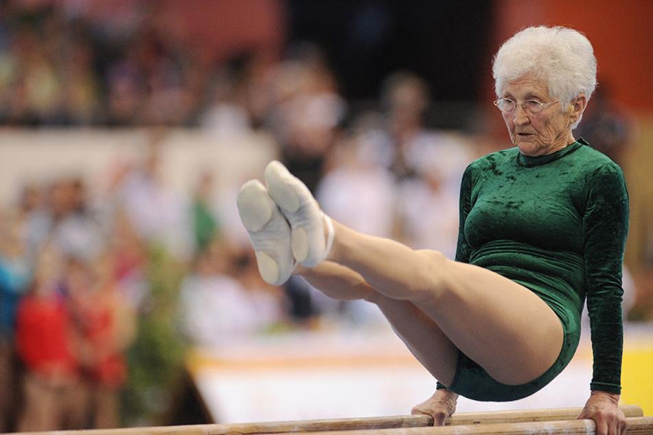 Die 91-jährige Johanna Quaas wirbt für ein aktives Leben und mehr Bewegung im Alltag.