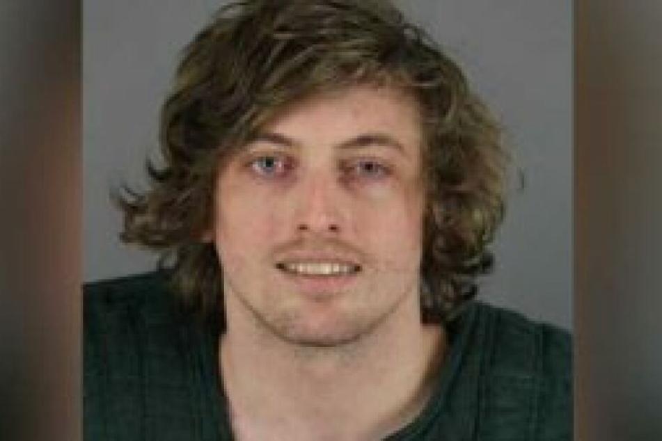 Austin Schroeder (26) wurde wegen mehrerer Drogendelikten festgenommen.