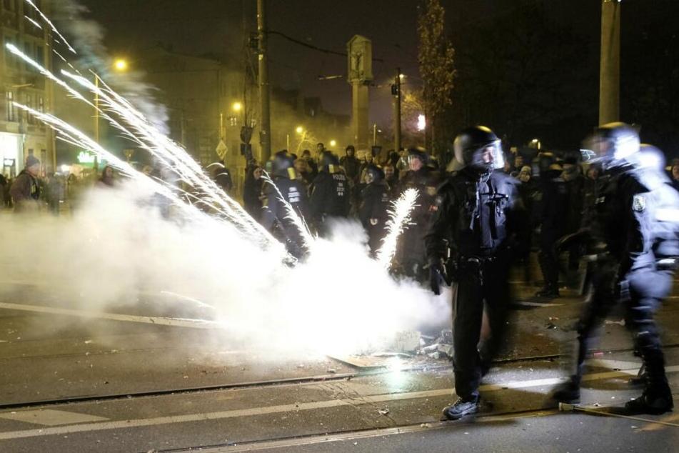 Von der Attacke auf den verletzten Polizisten gibt es bisher keine Videoaufnahmen.
