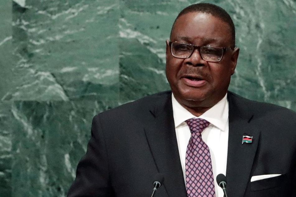 Malawis Präsident Peter Mutharika (72) sprach den Familien der Opfer und der ganzen Nation sein Beileid aus (Bild: Archiv).