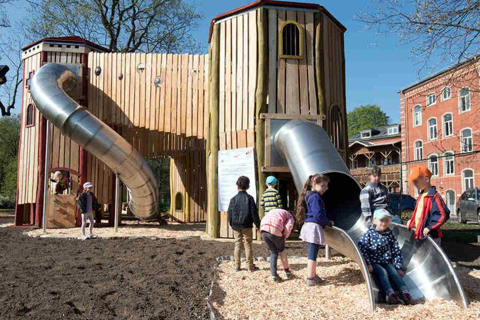 Erst im April dieses Jahres wurde der neue Spielplatz am Schlobigpark eröffnet.