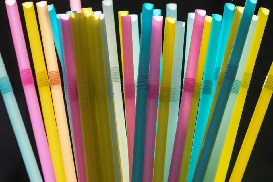 Bald sind Plastiktrinkhalme Geschichte, doch wie hygienisch sind die Alternativen?