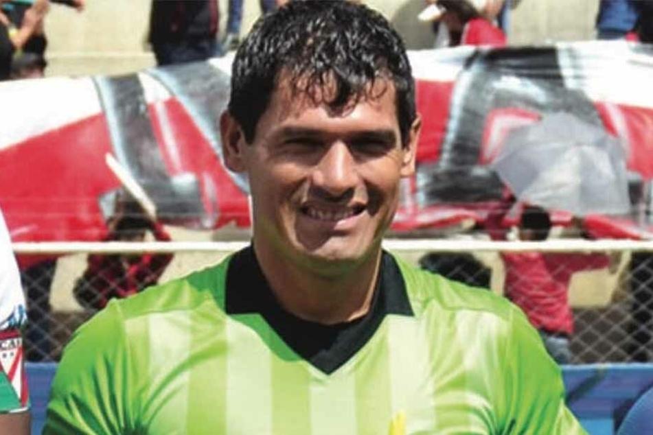 Víctor Hugo Hurtado, Schiedsrichter aus Bolivien, starb in der Notaufnahme an einem Herz- und Atemstillstand.