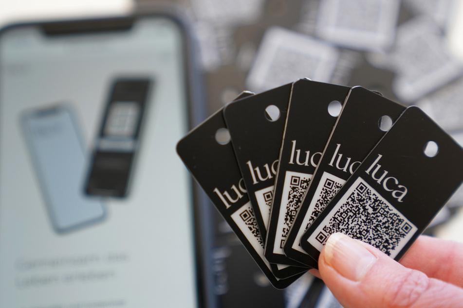 Einchecken ohne Smartphone: Hier gibt's die Luca-App als Schlüsselanhänger!