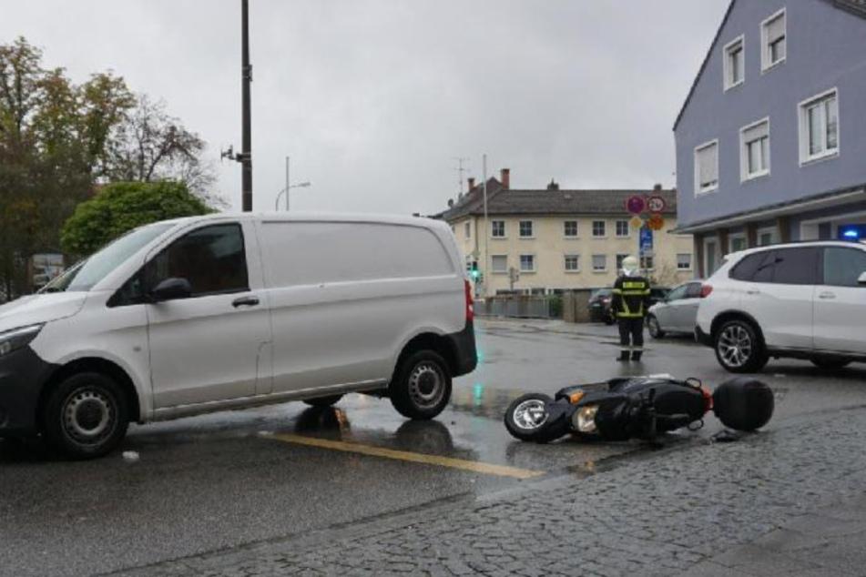 Rollerfahrer (44) tödlich verletzt: Kastenwagen nahm ihm die Vorfahrt