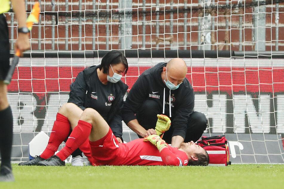 Am 14. Juni verletzte sich Martin Männel gegen St. Pauli an der Schulter, fiel danach lange aus.