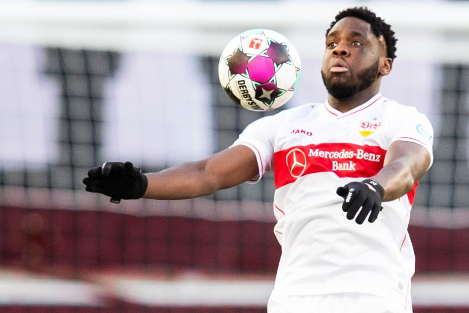 Orel Mangala (23) kann derzeit wegen Oberschenkelproblemen und wird dem VfB Stuttgart noch mehrere Wochen fehlen.