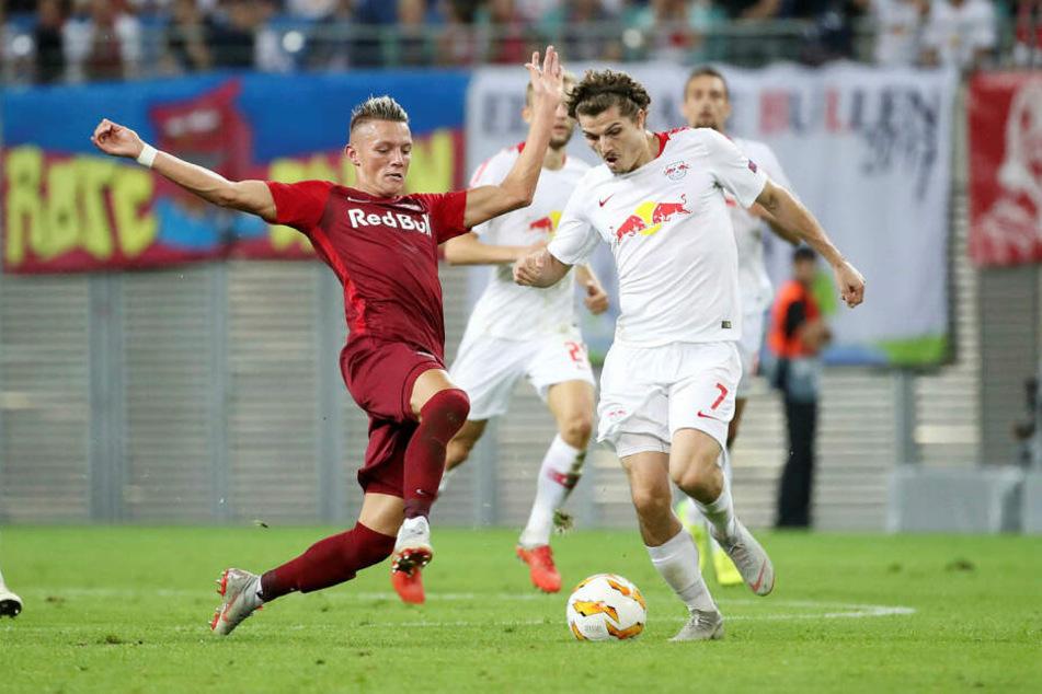 Hannes Wolf (20, l.) hatte sich im Spiel der Österreicher bei der U21-EM den Außenknöchel gebrochen.