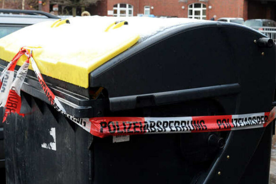 In einer Mülltonne wurde die Leiche eines Mannes gefunden (Symbolbild).