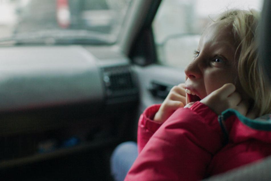 """Helena Zengel als Benni in einer Szene des Films """"Systemsprenger""""."""