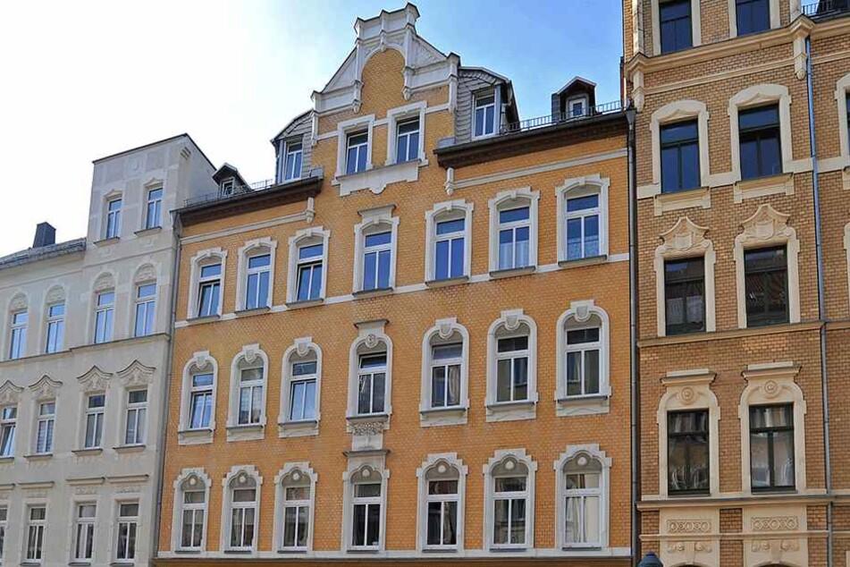 In diesem Haus in Bernsdorf soll ein Mann seine Ex-Freundin erstochen haben.