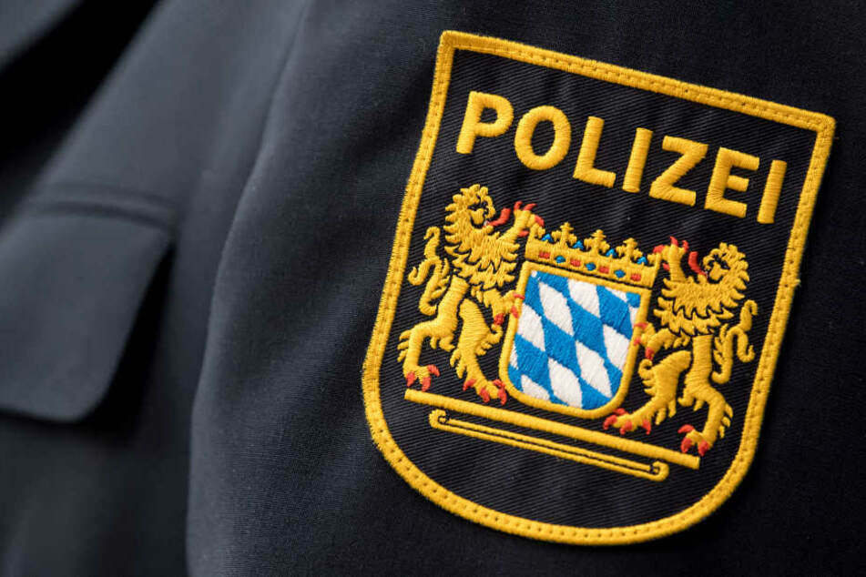 Die Beamten erschraken beim Anblick der explosiven Kiste. (Symbolbild)