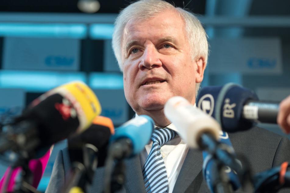 CSU-Chef Horst Seehofer möchte sich noch nicht klar dazu äußern, ob die CSU Steinmeier unterstützen wird.