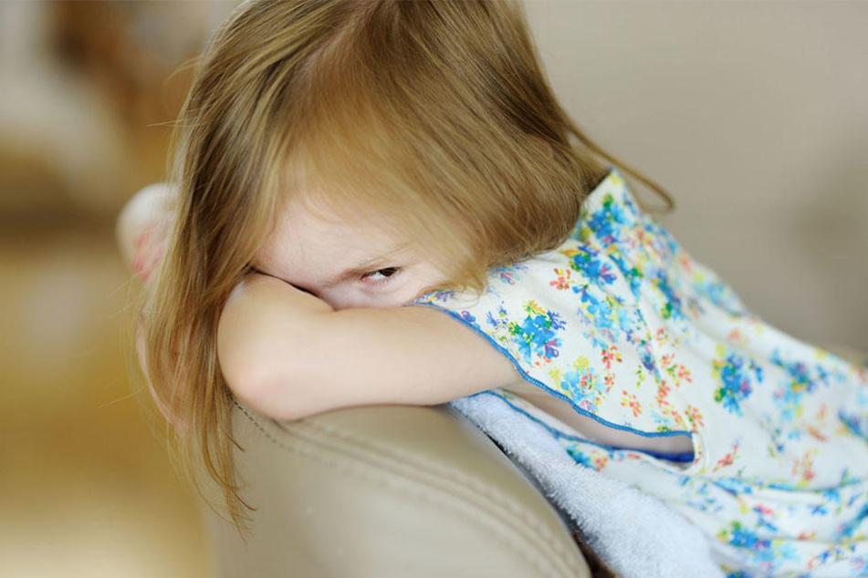Als der Urgroßvater das Mädchen zum ersten Mal sexuell belästigt hat, war sie erst vier Jahre alt. (Symbolbild)