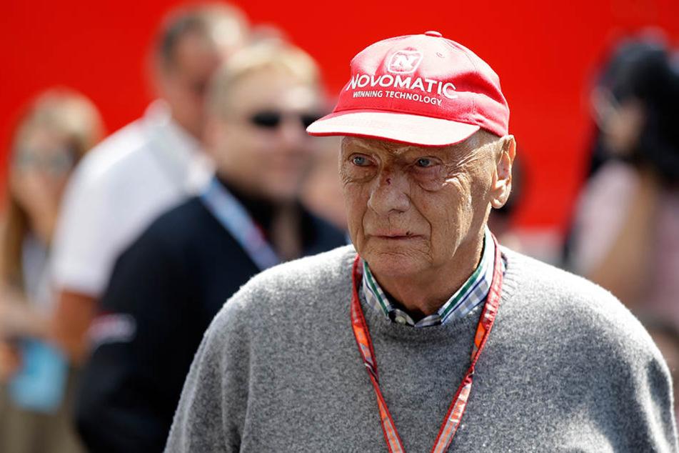 Der dreimalige Formel-1-Weltmeister Niki Lauda (69) musste sich nach zwei Nieren nun auch eine neue Lunge transplantieren lassen.