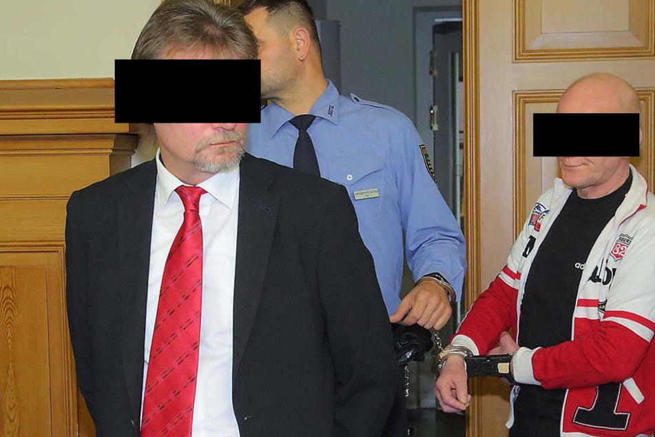 Hagen T. (57) und Jan R. (52) vor dem Landgericht in Görlitz.