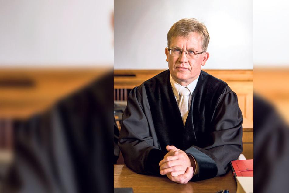 Informierte erst nach zehn Monaten über den rechtskräftigen Strafbefehl gegen den ehemaligen Stadt-Angestellten: Oberstaatsanwalt Ricardo Schulz.
