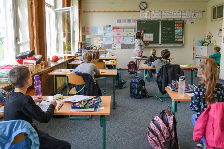 Bei vielen Schulkindern werden Lerndefizite im kommenden Schuljahr befürchtet.