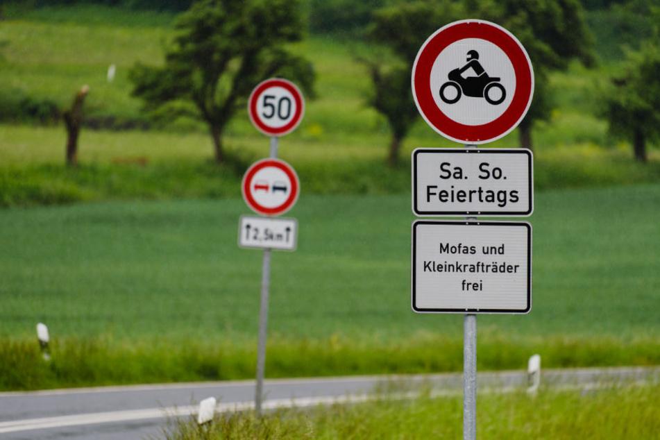 Das Fahrverbot am Würgauer Berg bleibt bestehen.