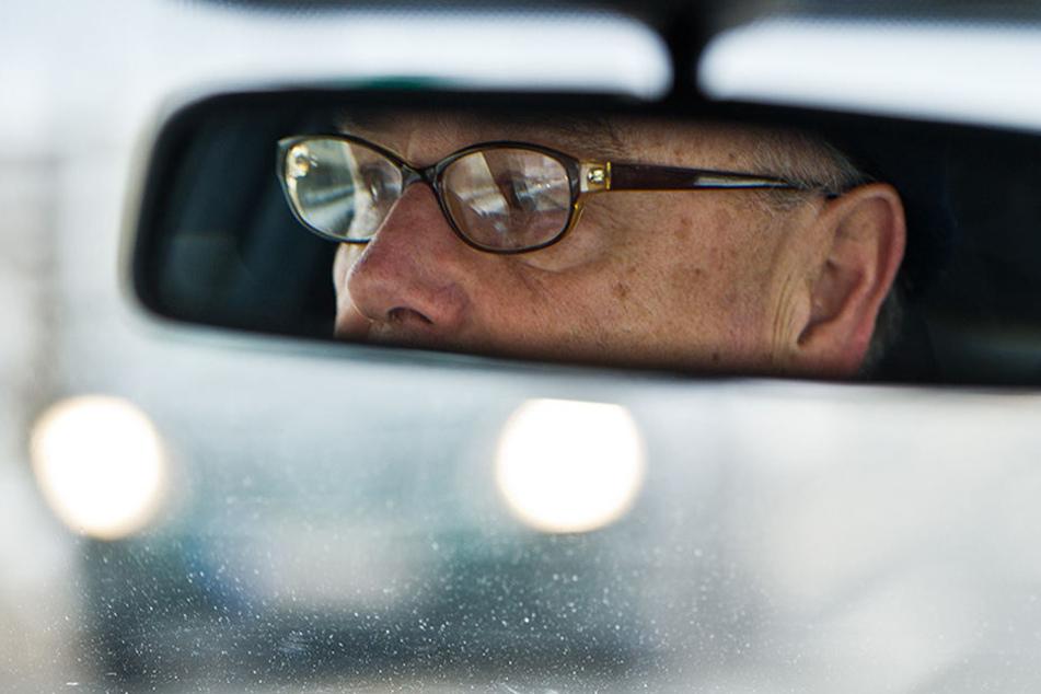 Senioren als Unfallverursacher im Straßenverkehr wird seit Jahren diskutiert. (Symbolbild)