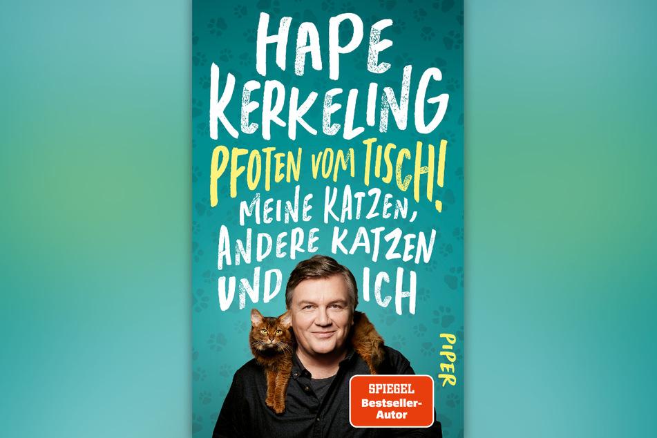 """Hape Kerkelings (56) neues Buch """"Pfoten vom Tisch! Meine Katzen, andere Katzen und ich"""" ist am Mittwoch erschienen."""