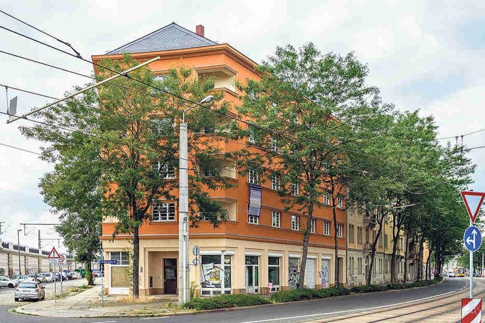 Dieses Haus auf der Großenhainer Straße sollte erst für 10 Euro pro  Quadratmeter vermietet werden. Jetzt gibt's die Wohnungen deutlich  günstiger.