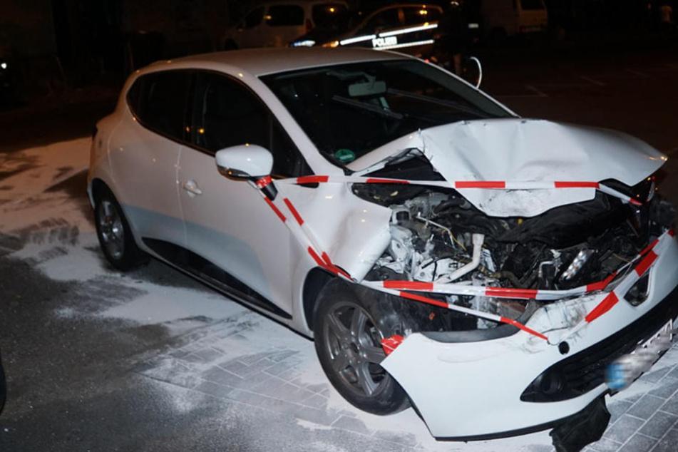 Trotz Schaden nach Crash: Mit diesem Wagen wollte er weiterfahren