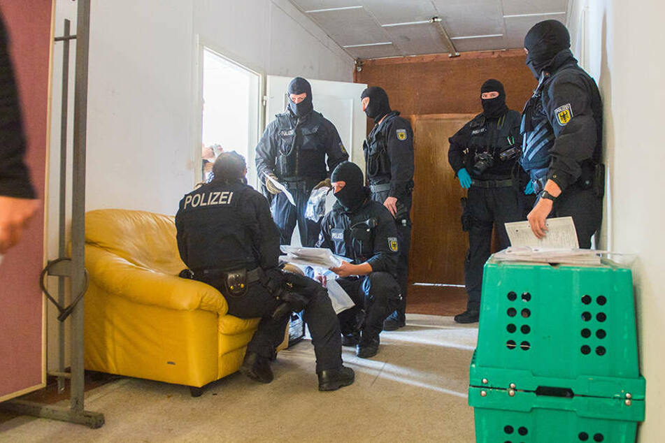 Großrazzia! Bundespolizei jagt Schleuser in Erfurt