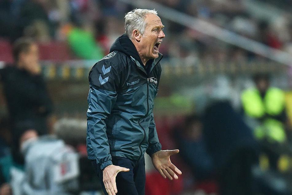 SCF-Coach Christian Streich kassierte mit seinen Freiburgern eine deftige Klatsche.