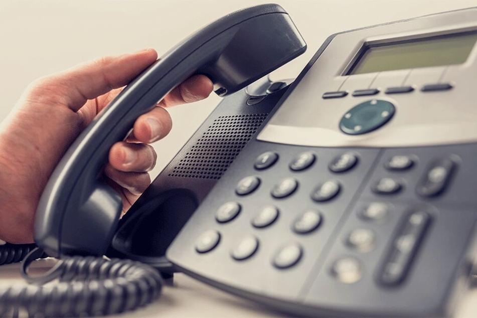 Am Telefon überredete Velit D. ahnungslose Senioren, ihr Geld herzugeben (Symbolbild).