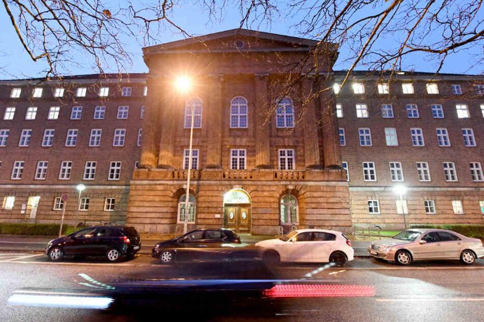 Der Prozess gegen den 39-Jährigen fand vor dem Kieler Landgericht statt.