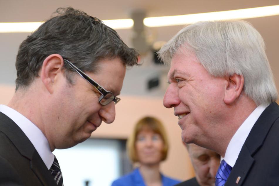 Kopf an Kopf? Bei der Landtagswahl 2013 hatte sich Bouffier (re.) gegen Schäfer-Gümbel durchgesetzt.