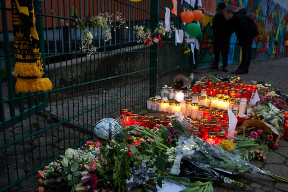 Die Bürger aus Lünen trauern um den gestorbenen 14-jährigen Schüler ihrer Stadt.