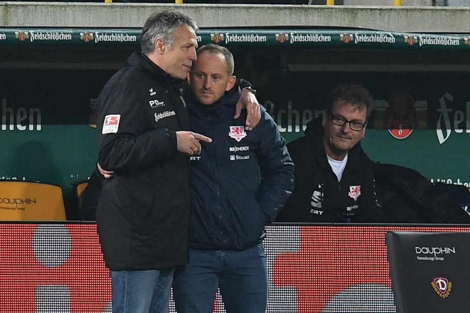 Zwei Ex-Profis unter sich: Beim Hinspiel nahm Dynamo-Trainer Uwe Neuhaus seinen Braunschweiger Kollegen Torsten Lieberknecht wie ein väterlicher Freund in den Arm.