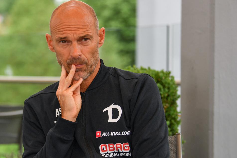 Dynamo-Coach Alexander Schmidt (52) äußerte sich am Rande des Testspiels gegen FK Usti nad Labem zur Personalie Toni Leistner.