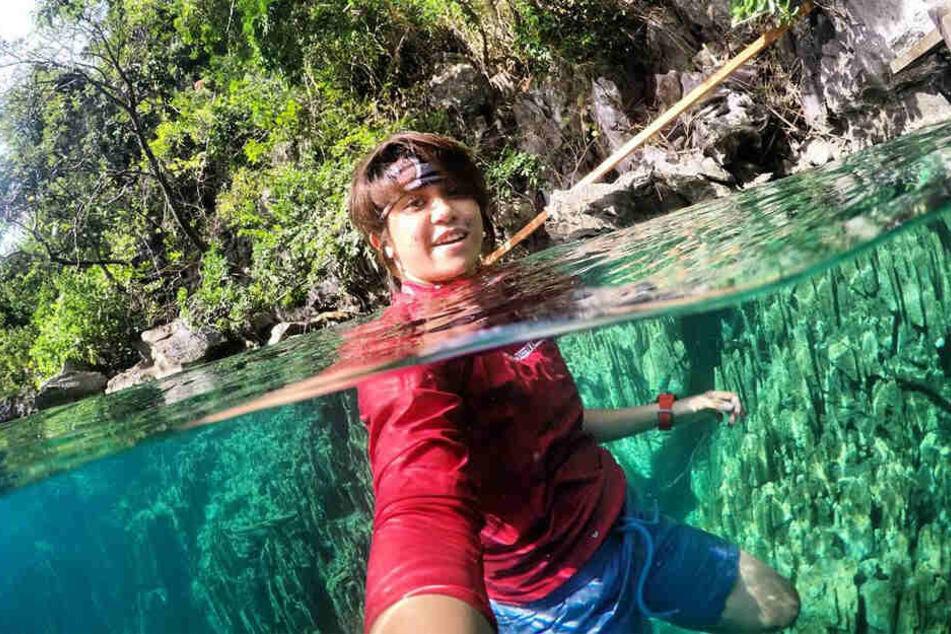 Gel Rodriguez geht sogar mit Kleidung ins Wasser.