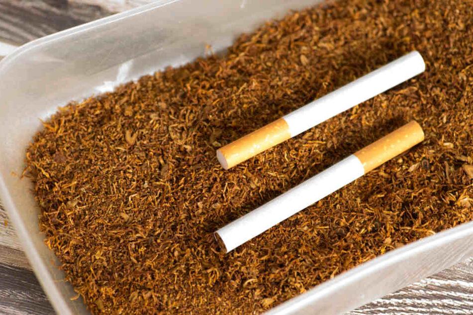 Kaufe Tabak in Dosen: So kannst du ihn in Einweggläsern oder ähnlichem lagern, Geld sparen und die Umwelt schonen (Symbolbild).