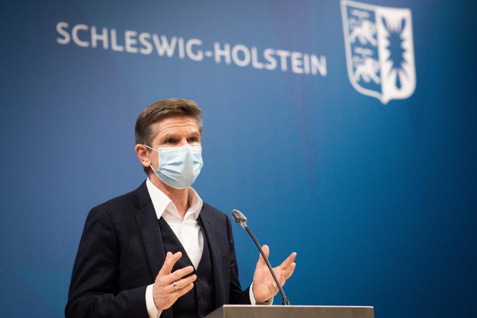 Heiner Garg (54, FDP), Gesundheitsminister von Schleswig-Holstein, erklärt die neuen Maßnahmen.