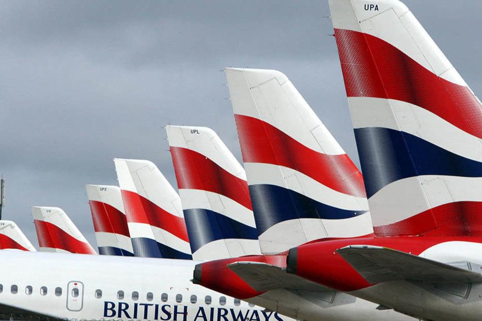 Das Personal der Fluggesellschaft British Airways hat sich in dieser Geschichte nicht mit Ruhm bekleckert.