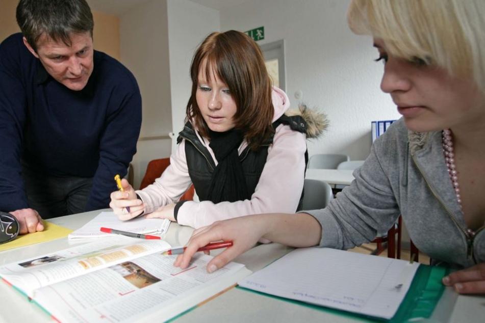In Hessen ist es schwieriger geworden, einen Platz für eine Ausbildung zu bekommen. (Symbolbild)