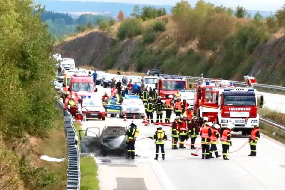 Teilweise war die A17 wegen des Feuerwehr-Einsatzes vollgesperrt.