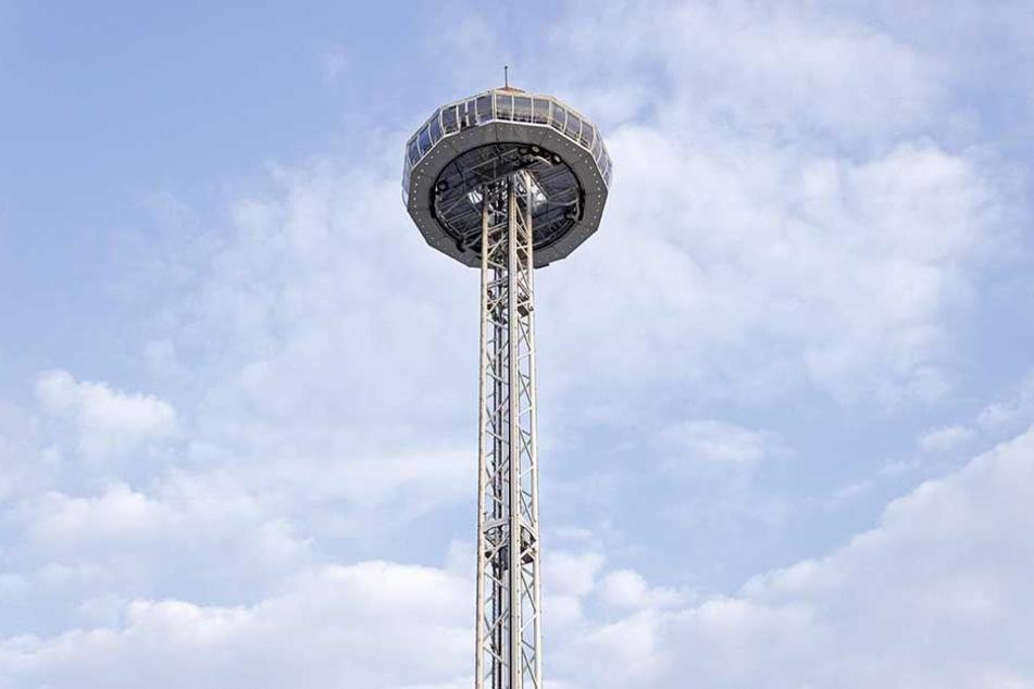 Der 81 Meter hohe Turm ist eröffnet.